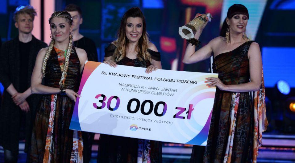 """Nagrodę im. Anny Jantar dostał zespół Girls on Fire za """"Siłę kobiet"""" (fot. TVP)"""