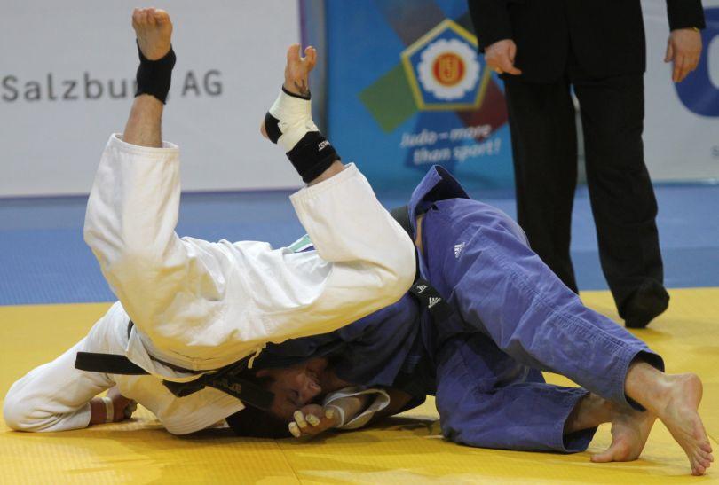 Krzysztof Wiłkomirski kontra Tsagaanb Khashbaatar (fot.PAP)