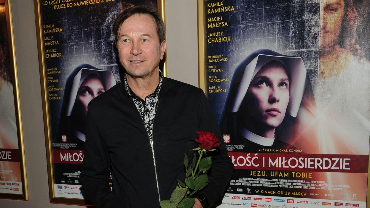 W filmie zobaczymy również Piotra Cyrwusa, jako ojca siostry Faustyny (fot. N. Młudzik/TVP)