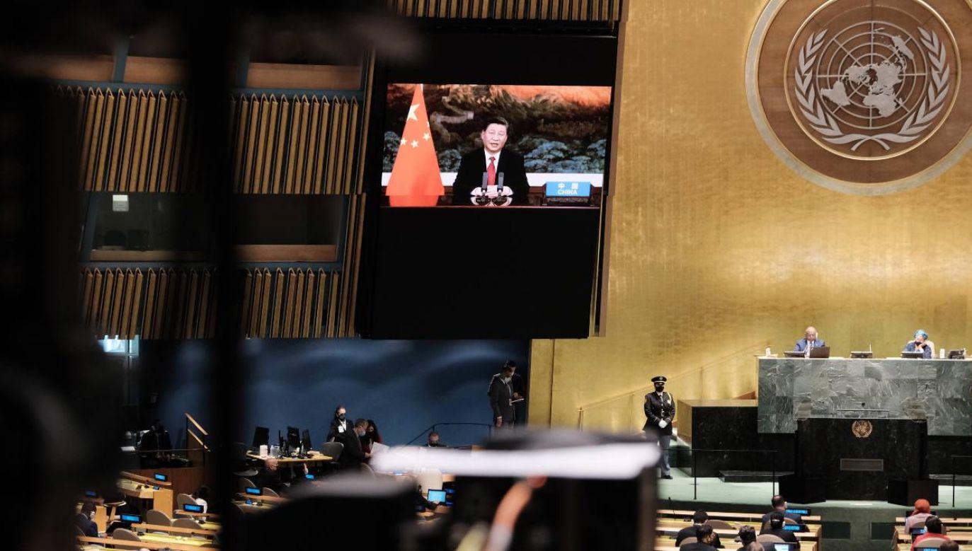 Przemówienie Xi zostało nagrane wcześniej i odtworzone podczas sesji ZO ONZ (fot. PAP/EPA/SPENCER PLATT / POOL)