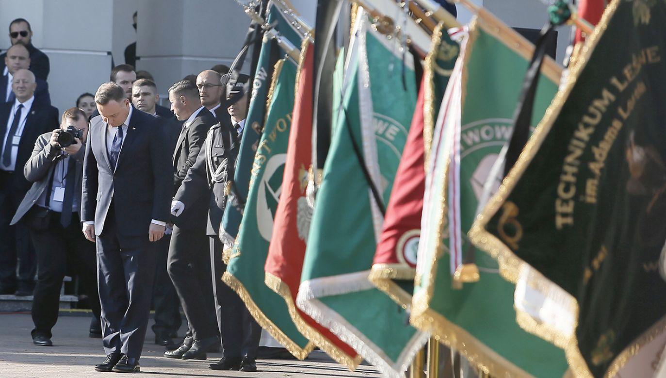 Prezydent Duda na uroczystościach pogrzebowych byłego ministra środowiska i wieloletniego posła – prof. Jana Szyszki (fot. PAP/Leszek Szymański)