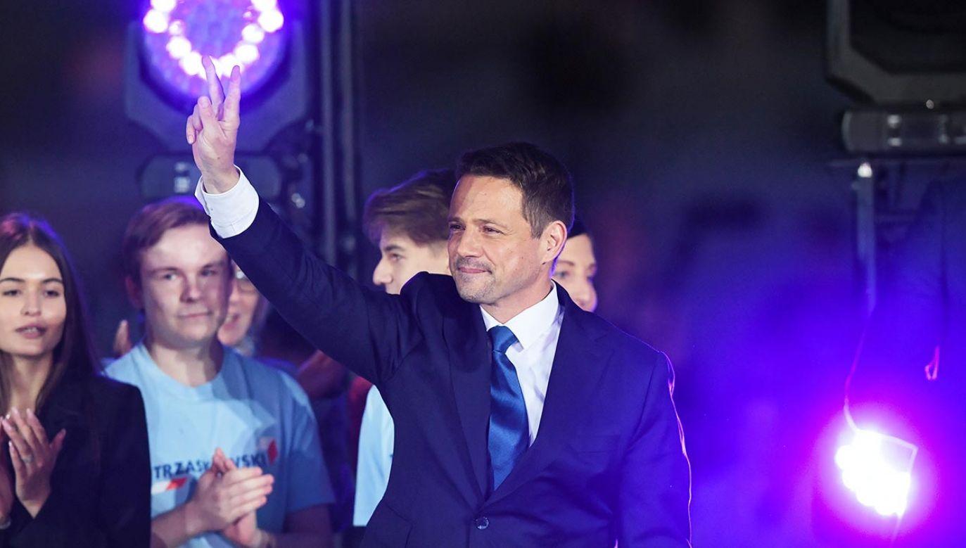 Po przegranej Rafała Trzaskowskiego w wyborach prezydenckich  politycy KO przygotowują protest wyborczy (fot. PAP/Radek Pietruszka)