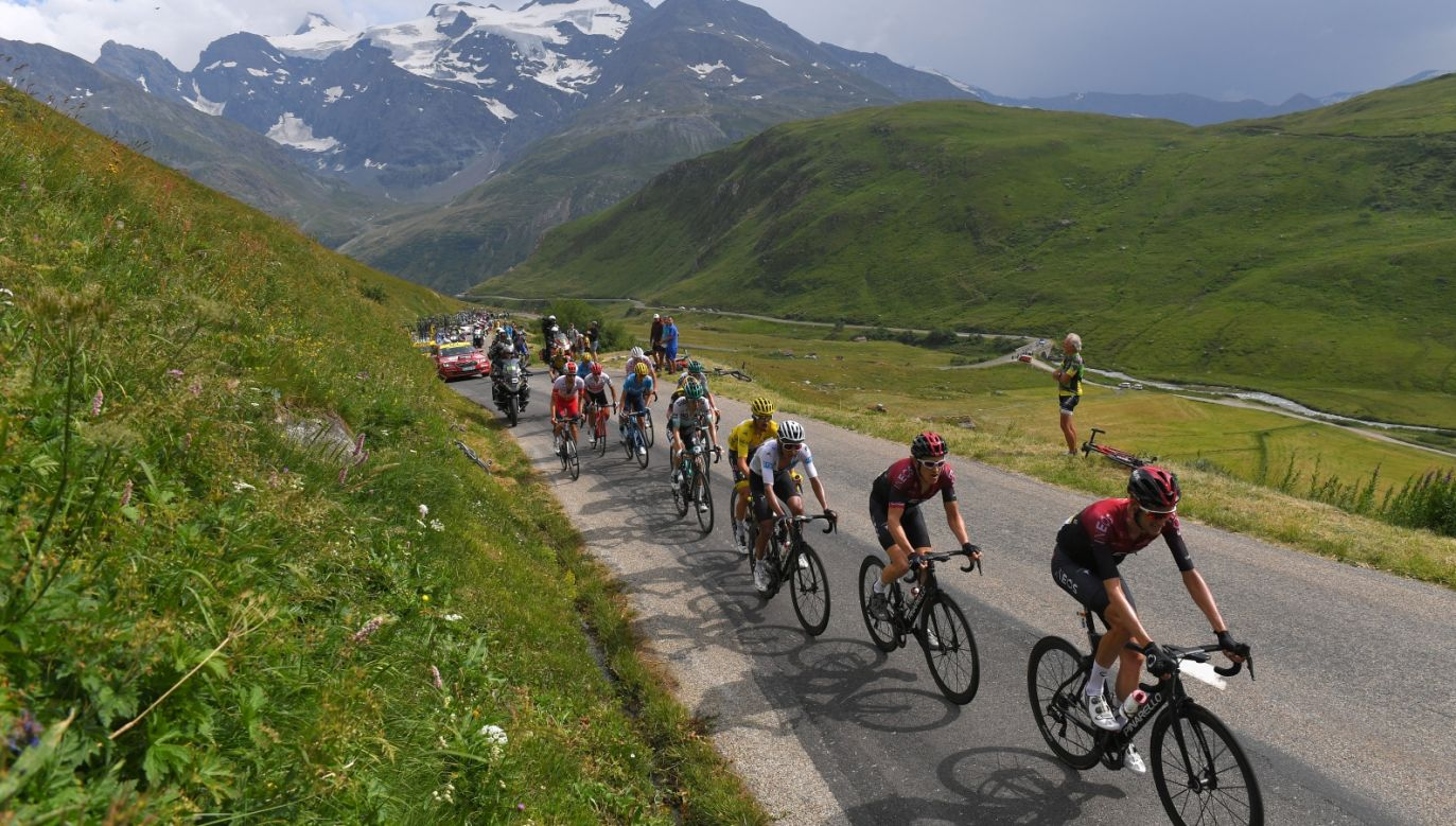 Kolarze podczas Tour de France (fot. Getty Images)