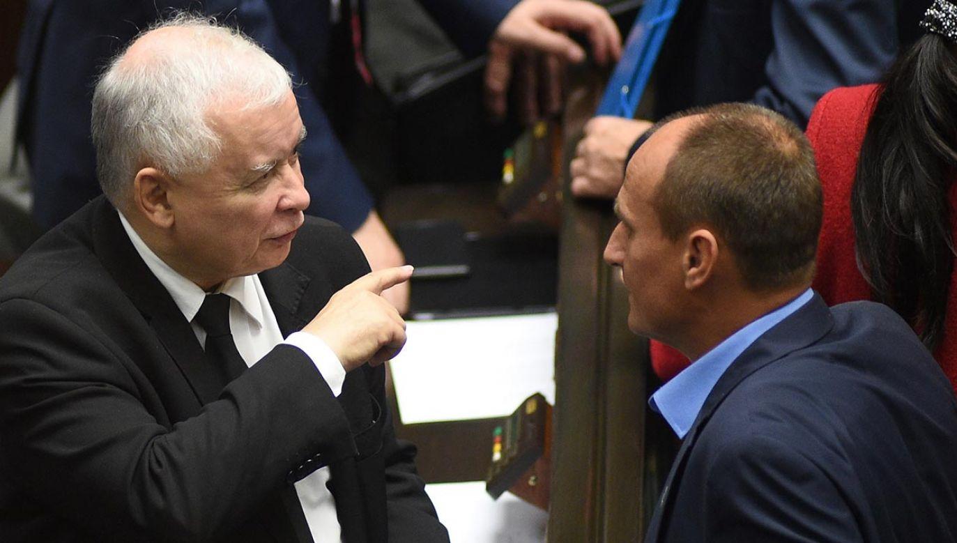 Jarosław Kaczyński i Paweł Kukiz w Sejmie (fot. Forum/Adam Chelstowski)