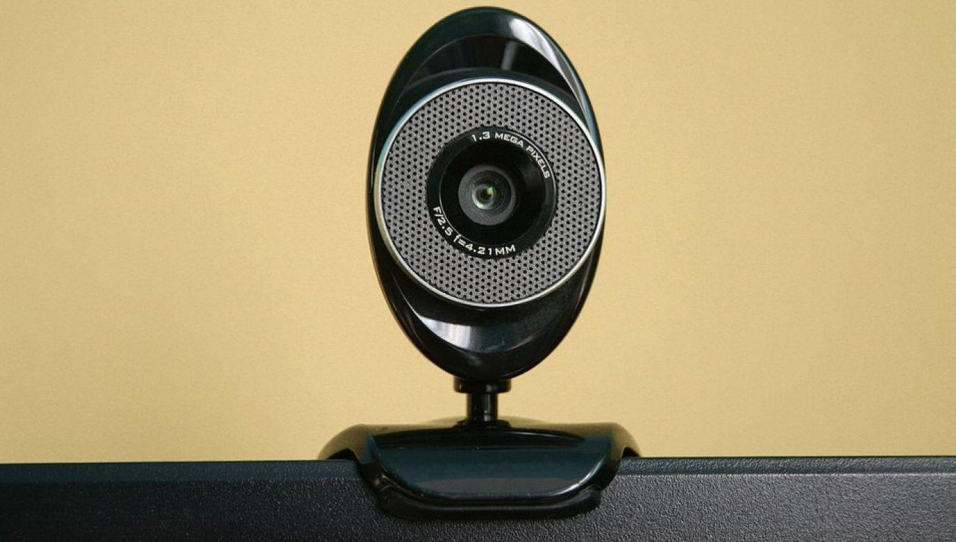 Powodzeniem cieszą się między innymi kamerki internetowe (fot. Pixabay)