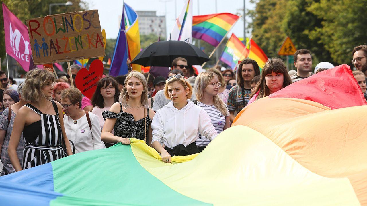 """""""Szerzenie ideologii LGBT nie powinno mieć miejsca"""" (fot. PAP/Artur Reszko)"""