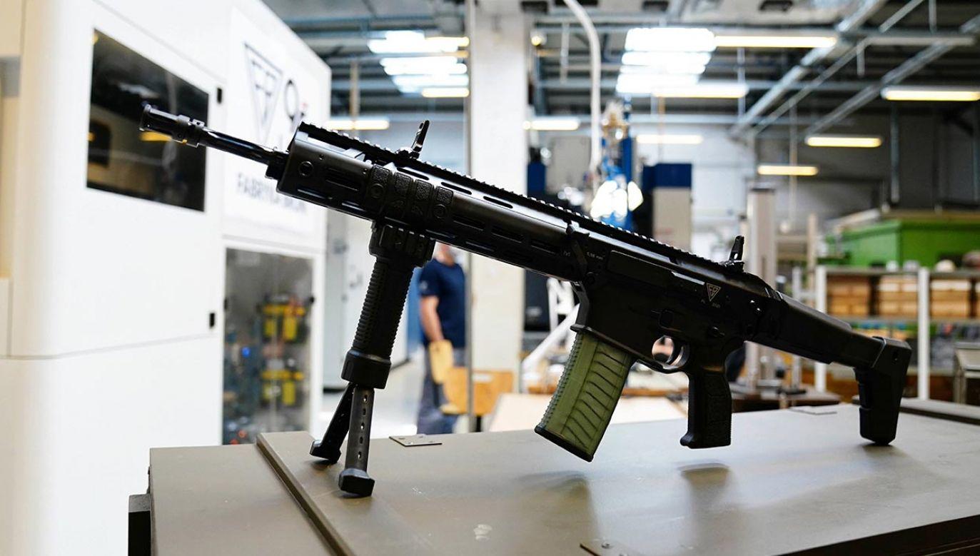 """""""Niemieckie firmy rozpychają się na rynku zbrojeniowym"""" (fot. PAP/Mateusz Marek)"""