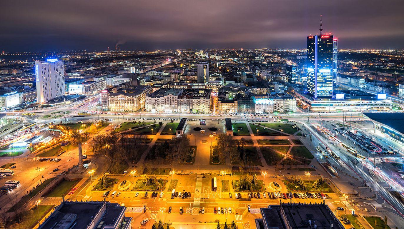 Le Maire i Morawiecki wzięli udział w panelu ekonomicznym w Polish House w Davos  (fot. Shutterstock/Piotr Wawrzyniuk)