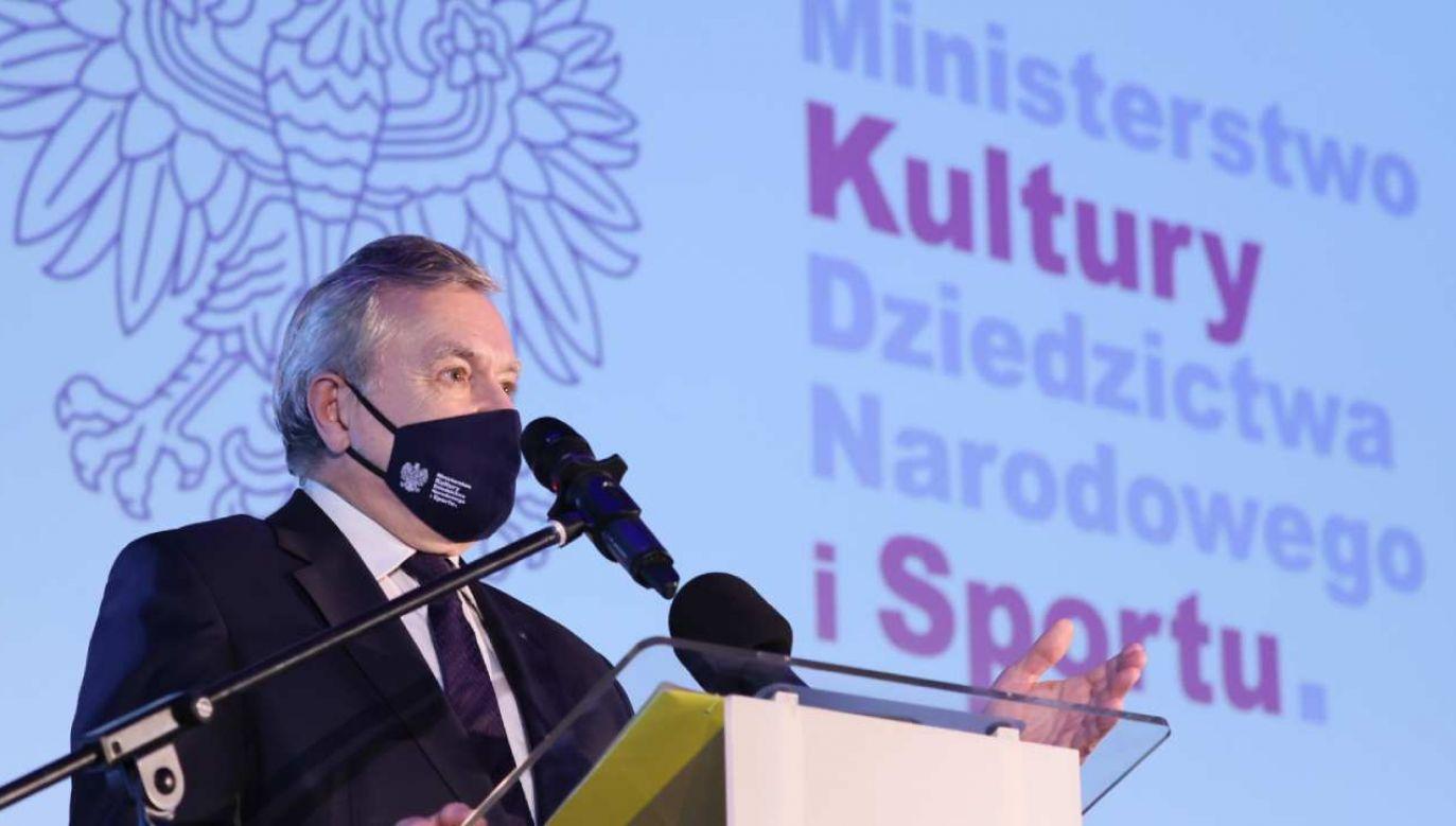 Piotr Gliński na IV Kongresie Archiwów Społecznych (fot. PAP/Leszek Szymański)