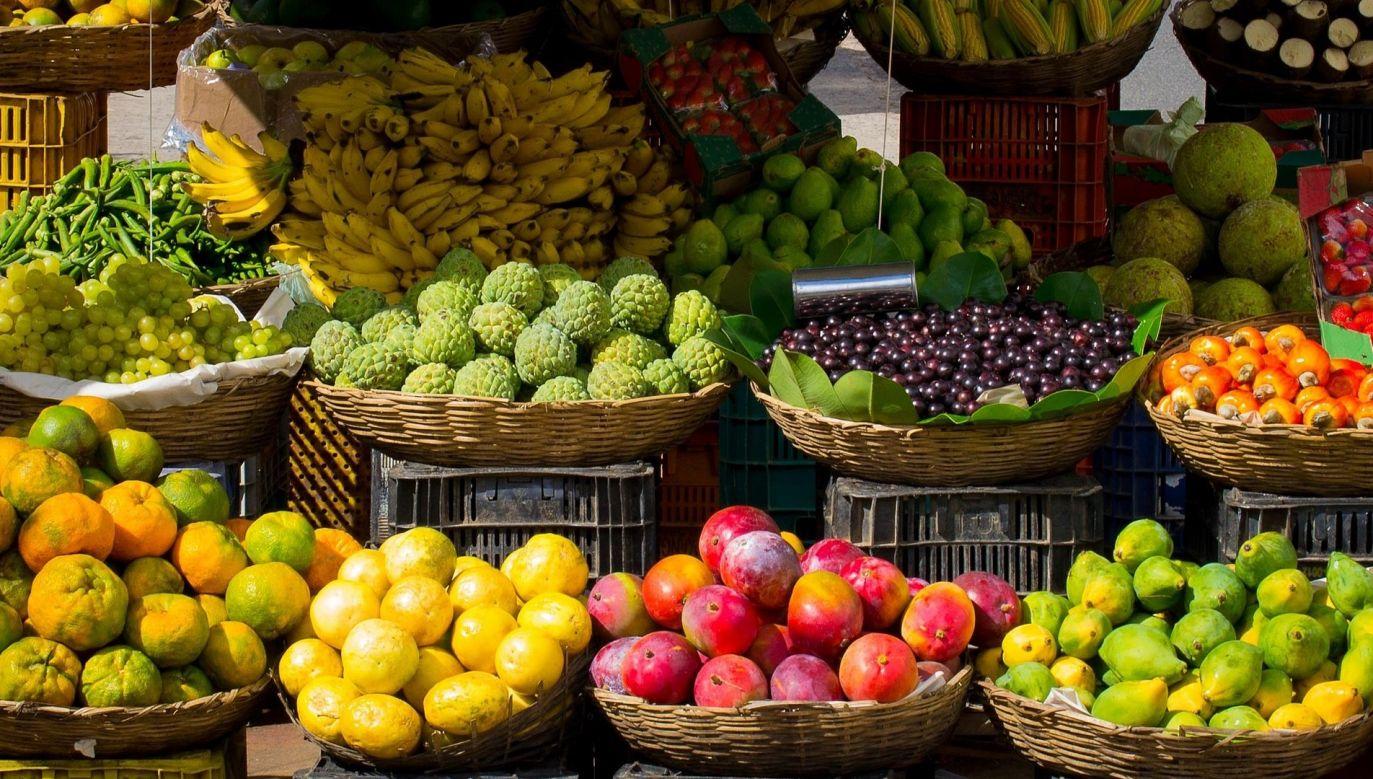 Chodzi o produkty m.in. żywnościowe, higieniczne oraz ochronne, na które popyt zwiększył się przez koronawirusa (fot. pixabay.com)