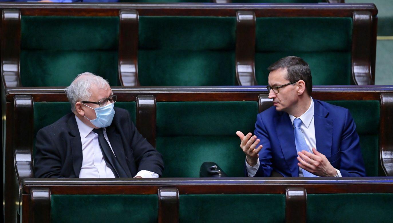 Prezes PiS Jarosław Kaczyński i premier Mateusz Morawiecki (fot. PAP/Marcin Obara)