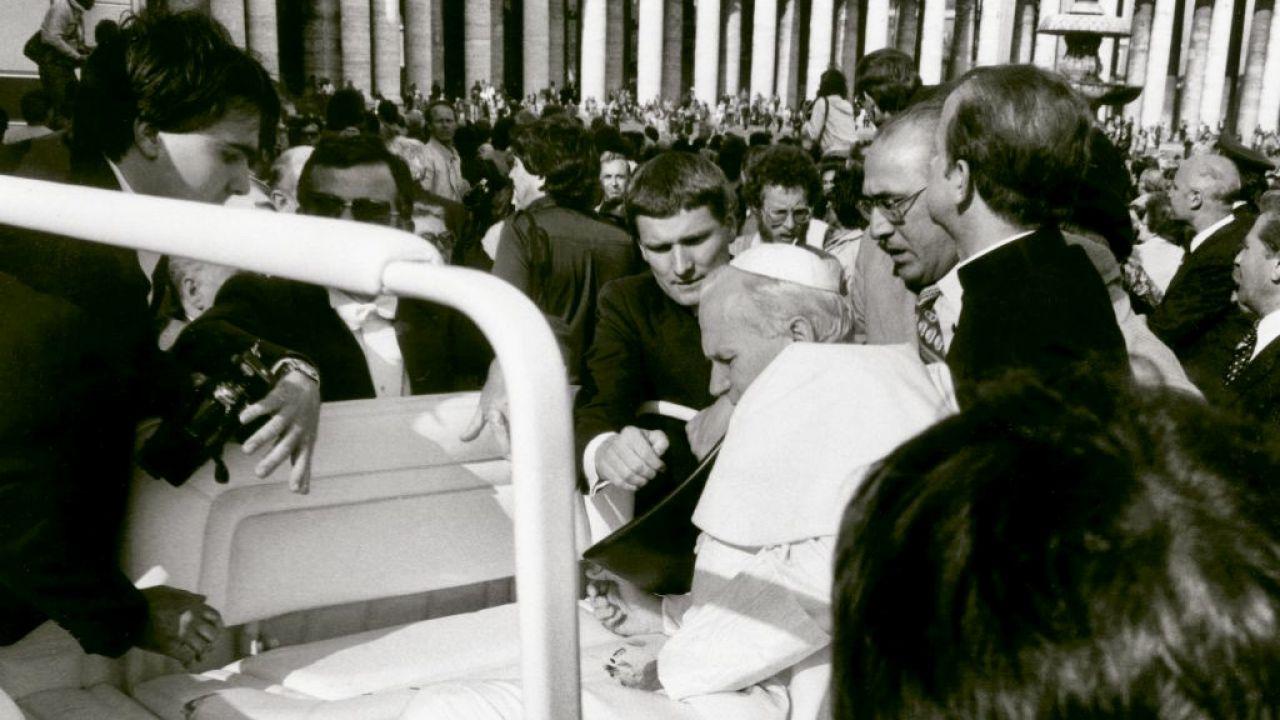 Zamach na papieża Jana Pawła II  (fot. Vatican Pool/Getty Images)