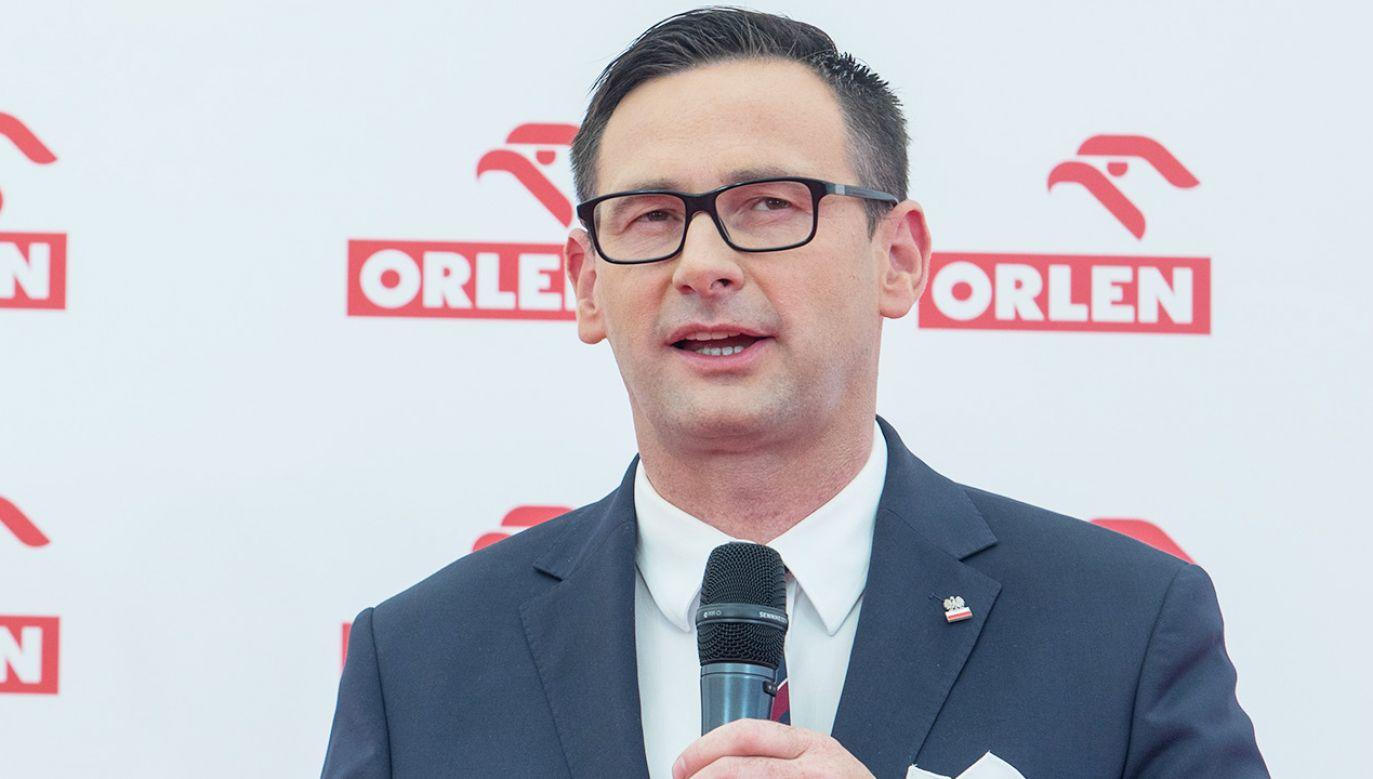Prezes PKN Orlen wyjaśnia korzyści z przejęcia Lotosu (fot. Foto Olimpik/NurPhoto via Getty Images)