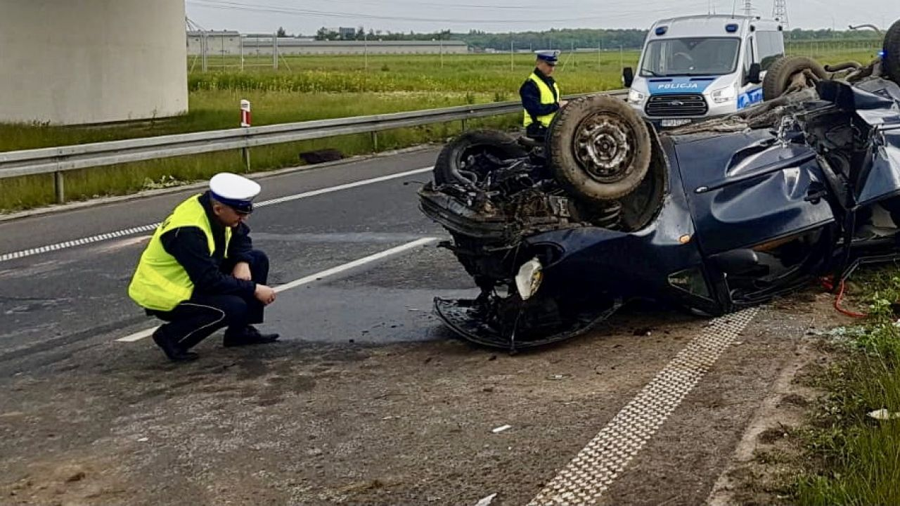 W wypadku zginęły dwie osoby (fot. PAP/WRD KMP Poznań, zdjęcie ilustracyjne)