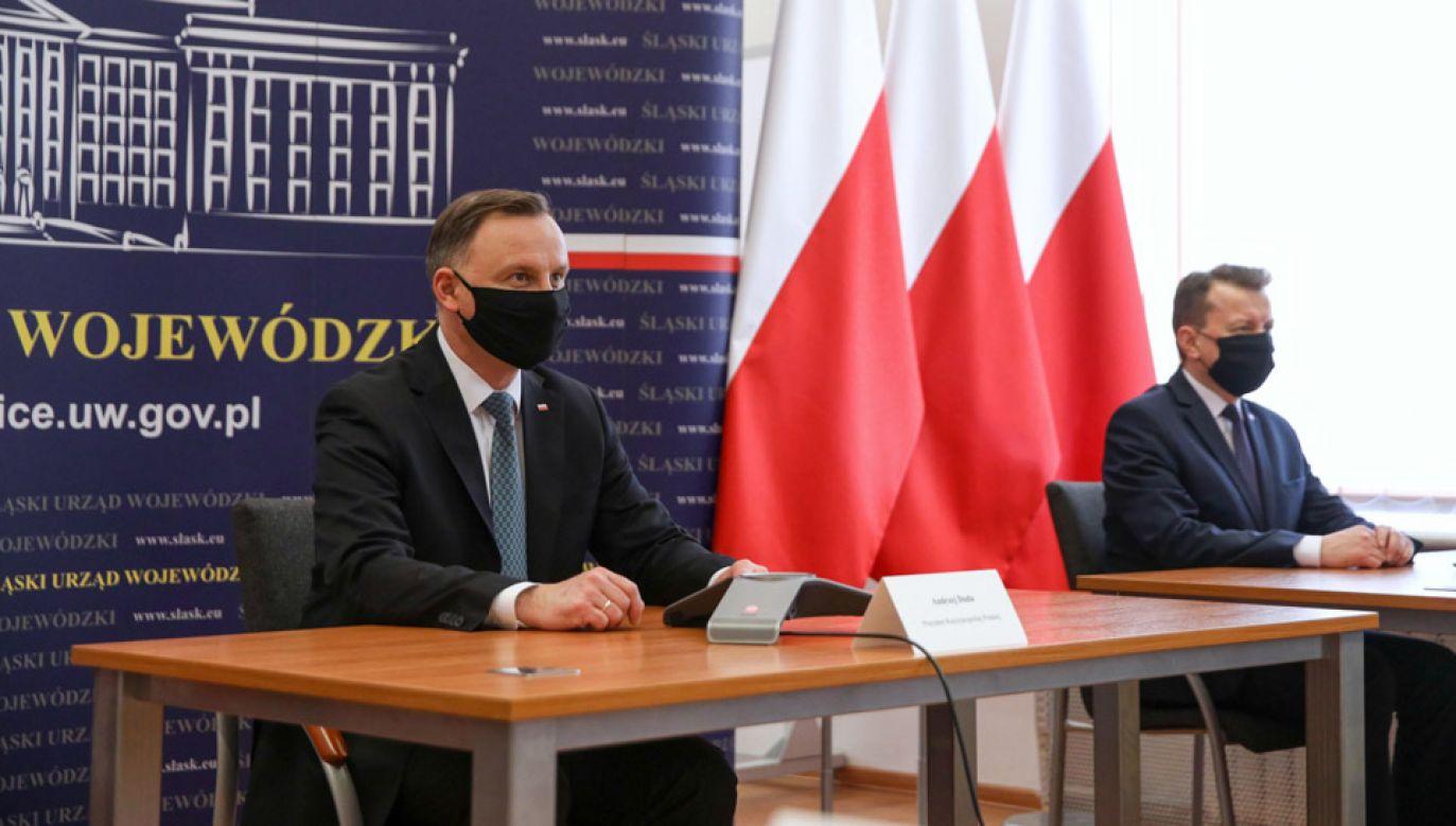 Prezydent 25 maja wziął udział w posiedzeniu sztabu Wojewódzkiego Centrum Zarządzania Kryzysowego w Katowicach (fot. KPRM/Krzysztof Sitkowski)