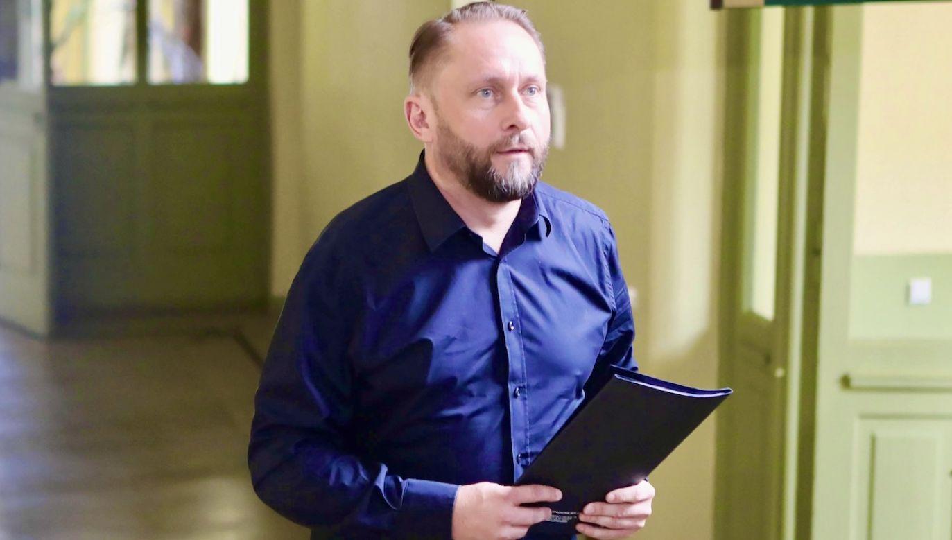 Kamil Durczok jest podejrzany m.in. o oszustwo i sfałszowanie weksla (fot. arch.PAP/Roman Zawistowski)