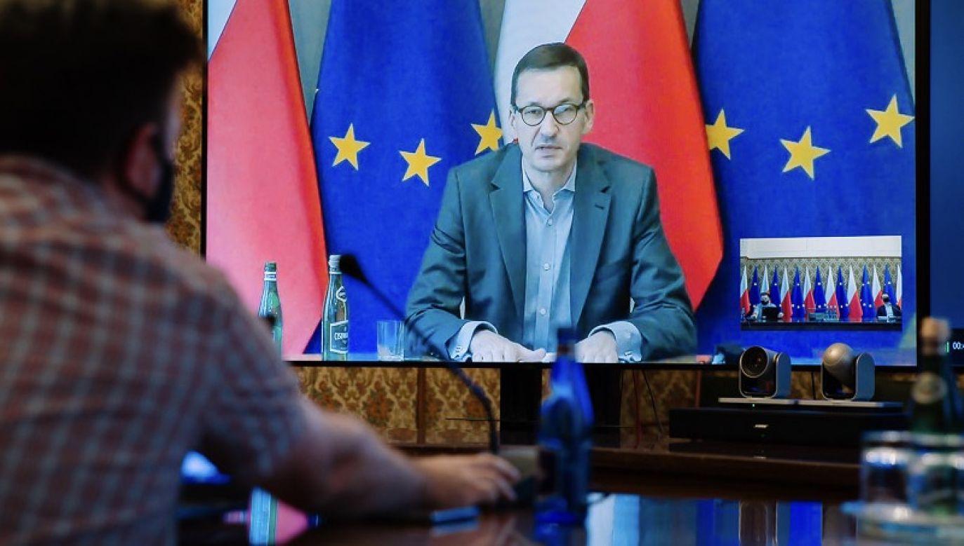 Obstrukcje parlamentarne, kruczki prawne – czy naprawdę musimy stosować tego rodzaju metody? – pyta Morawiecki (fot. Krystian Maj/KPRM)