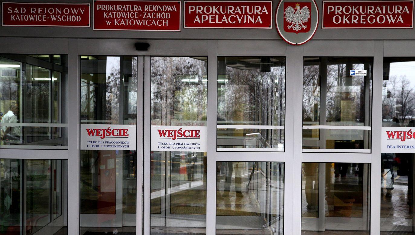 to, co Prokuratura Rejonowa w Katowicach zrobiła w tej sprawie przeciętnemu człowiekowi nie mieści się w głowie (fot. arch. PAP/Andrzej Grygiel)