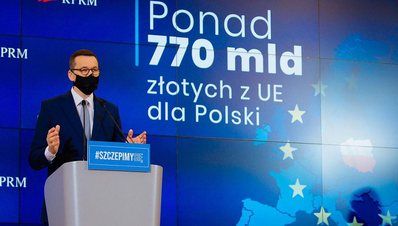 Transmisja konferencji premiera Mateusza Morawieckiego (fot. Krystian Maj/KPRM)