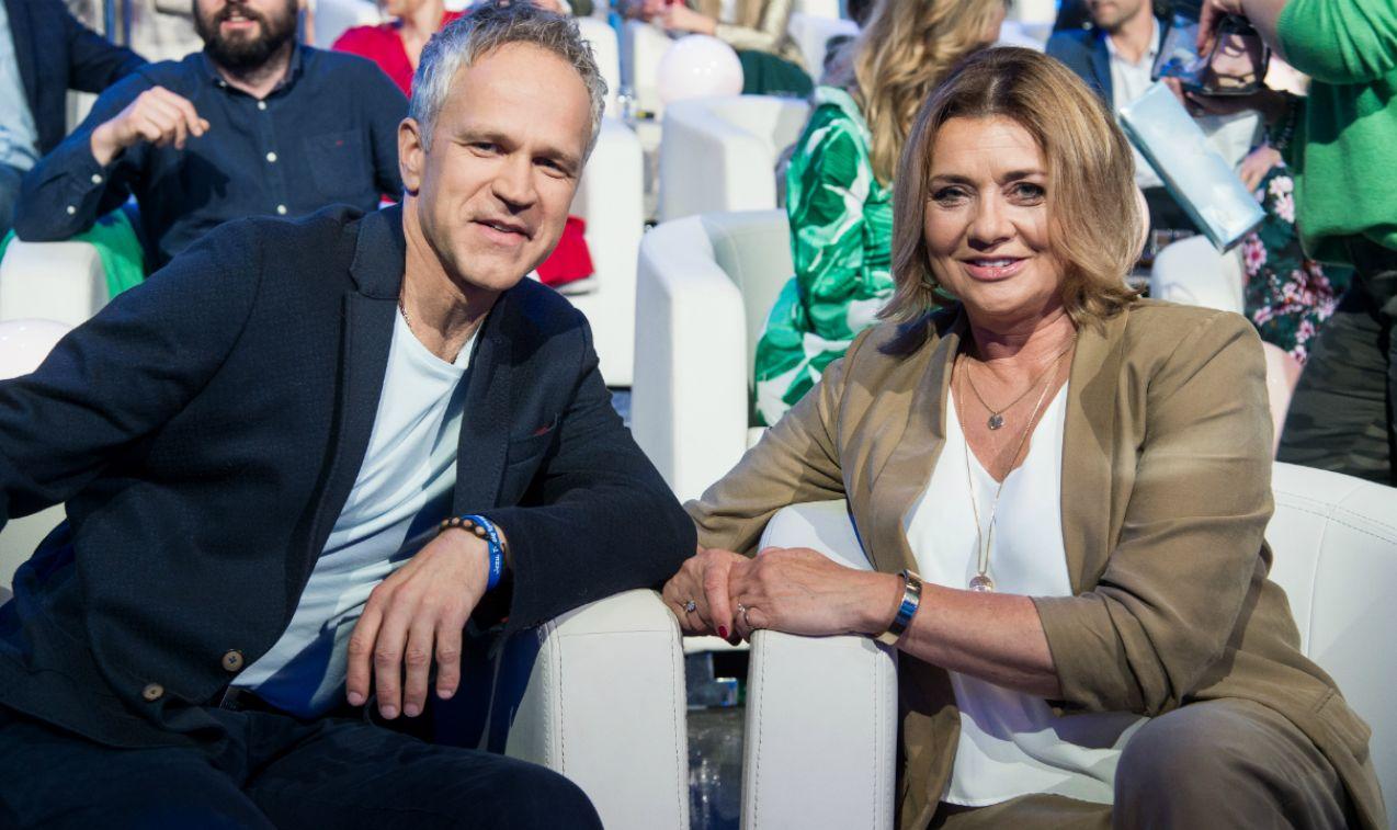 Małgorzata Ostrowska-Królikowska i Radosław Pazura, już od wielu lat zwracają uwagę na segregowanie odpadów domowych (fot. J. Bogacz/TVP)