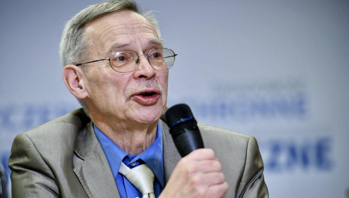 Wirusolog prof. Włodzimierz Gut (fot. arch.PAP/Jacek Turczyk)