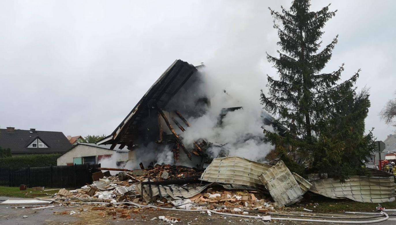 Policja na miejscu wyjaśnia okoliczności i przyczyny zdarzenia (fot. Komenda Wojewódzka Państwowej Straży Pożarnej w Gorzowie Wlkp.)