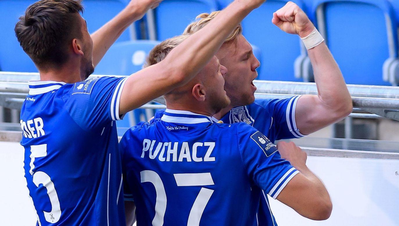 Piłkarze Lecha Poznań pokonali Legię Warszawa 2:1 (fot. PAP/Jakub Kaczmarczyk)