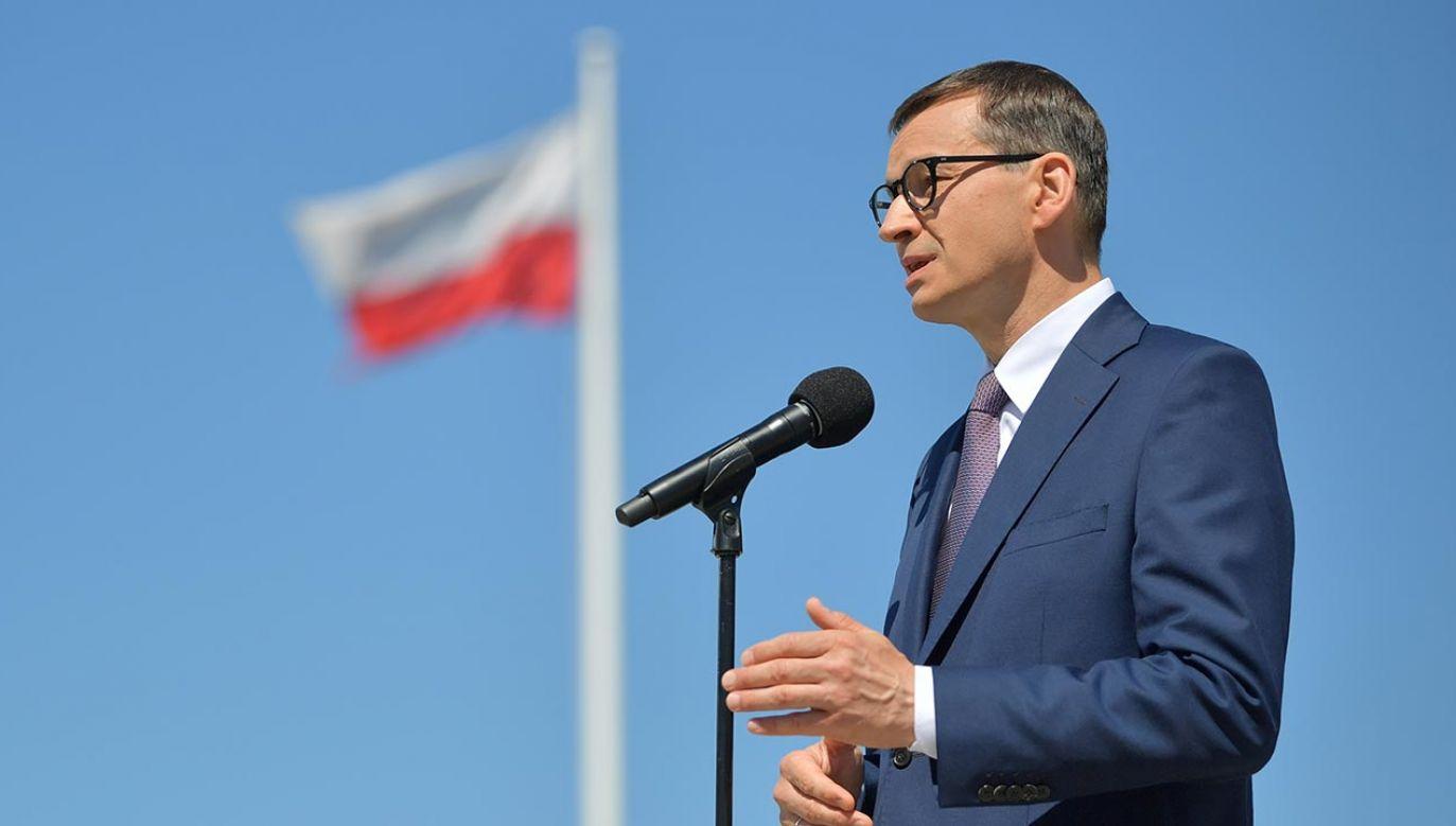 Premier Matusz Morawiecki podczas konferencji prasowej w Rzeszowie (fot. PAP/Przemysław Piątkowski)