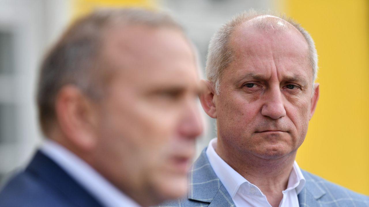 Sławomir Neumann zapowiada, że pozwie CBA (fot. arch. PAP/Marcin Gadomski)