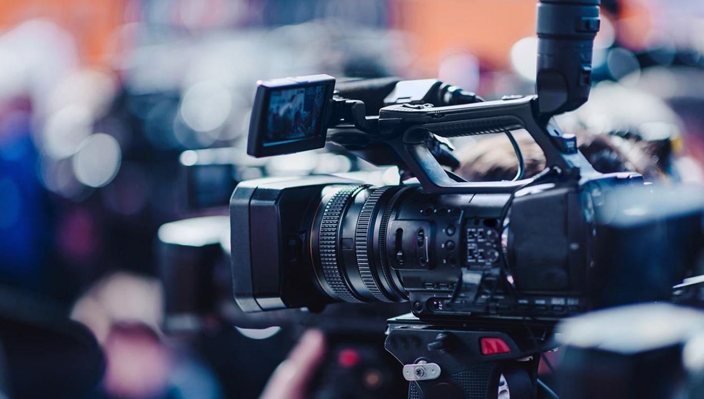 Nowa brytyjska telewizja informacyjna zaczęła emisję w niedzielę wieczorem (fot. Shutterstock/Microgen)