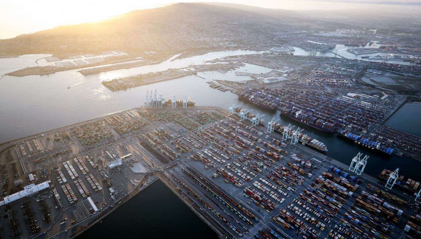 Port w Los Angeles przejdzie na 24-godzinny tryb pracy (fot. Mario Tama/Getty Images)