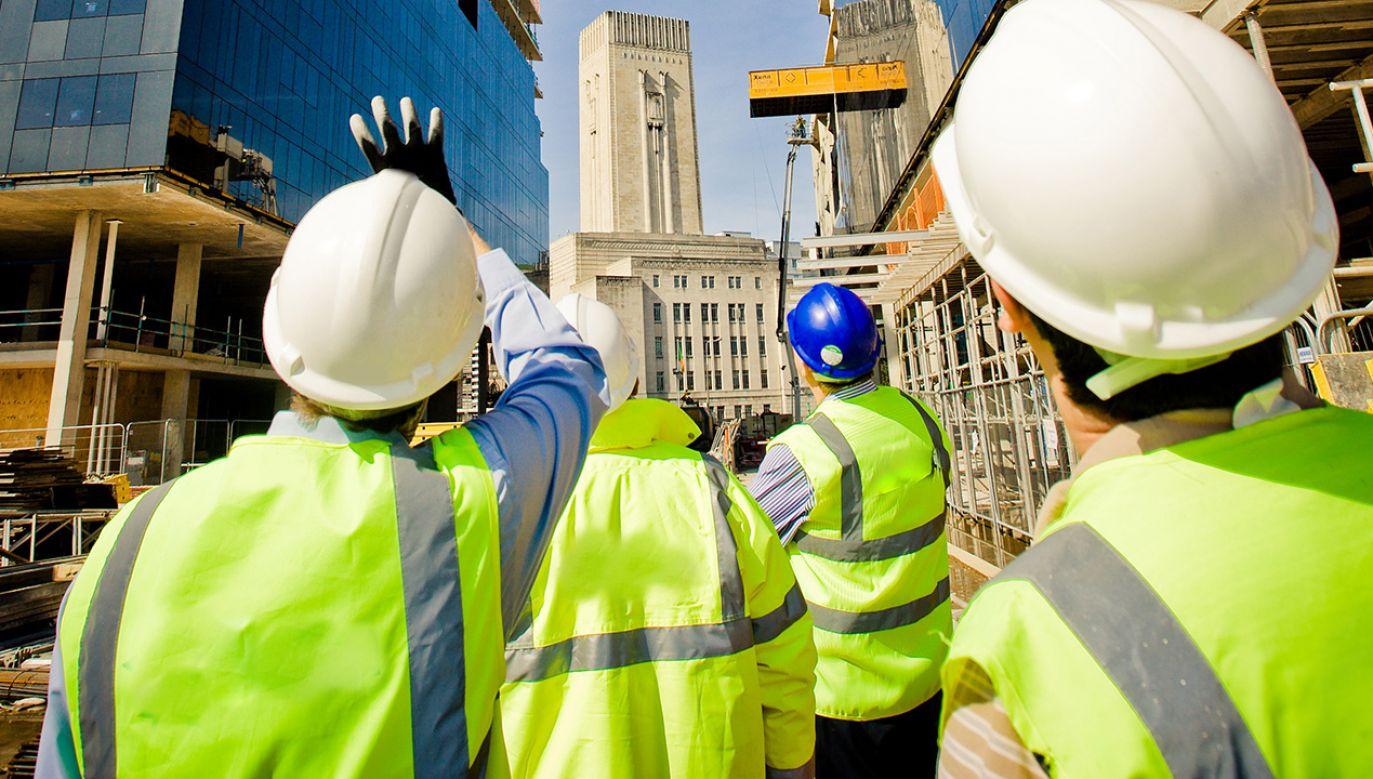 Liczba bezrobotnych zarejestrowanych w urzędach pracy wyniosła w czerwcu 877,1 tys. (fot. Shutterstock/ Ant Clausen)