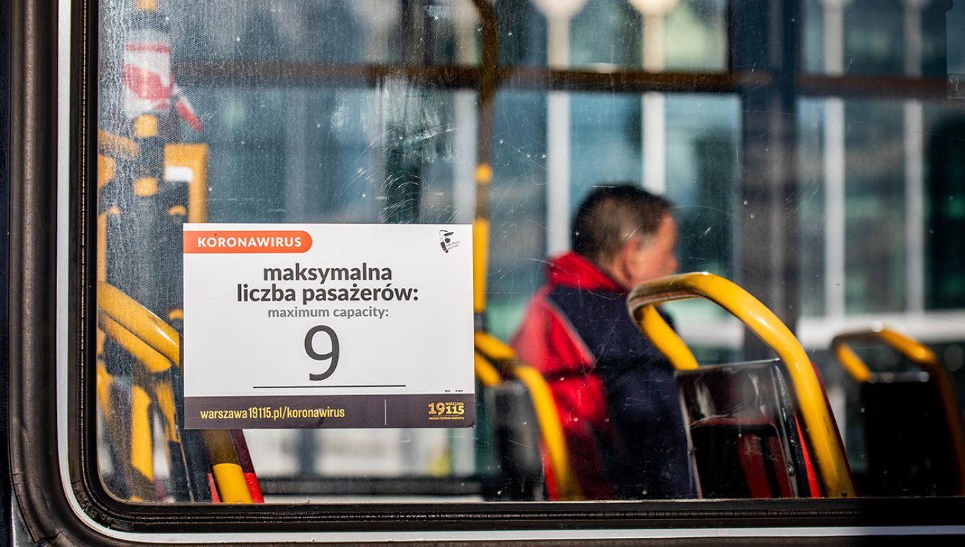Zespół zajmie się analizą możliwości wprowadzenia dodatkowych obostrzeń (fot. Mikolaj Barbanell/SOPA Images/LightRocket via Getty Images)