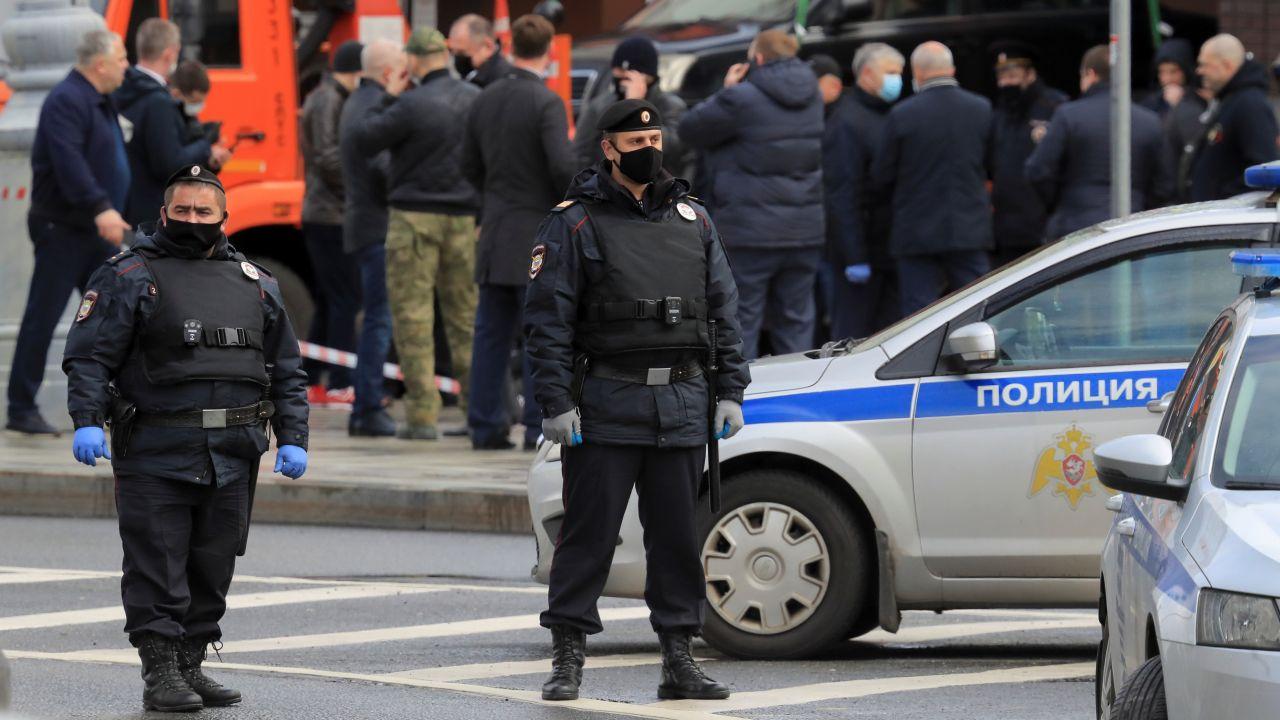 Napastnik groził detonacją materiałów wybuchowych (fot. REUTERS/Tatyana Makeyeva)