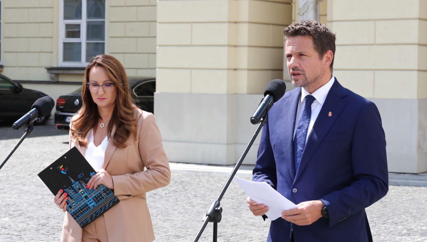Prezydent stolicy Rafał Trzaskowski (fot. PAP/Tomasz Gzell)