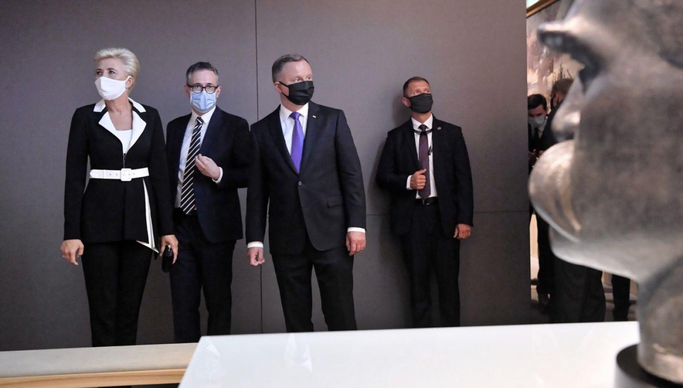 Prezydent  Andrzej Duda wraz z małżonką wziął udział w uroczystości otwarcia Muzeum Józefa Piłsudskiego w Sulejówku (fot. PAP/Piotr Nowak)