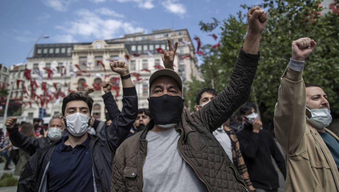 Władze w Ankarze zwalczają kurdyjską opozycję (fot. PAP/EPA/ERDEM SAHIN)