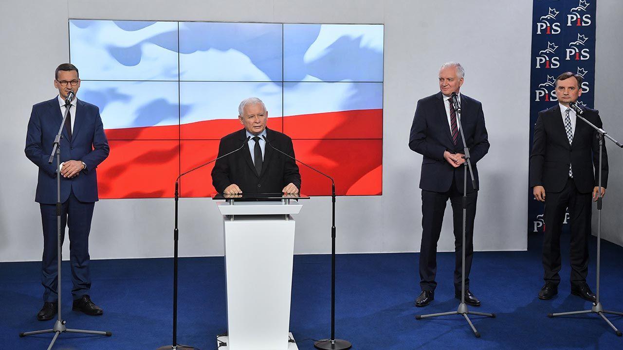 Liderzy Zjednoczonej Prawicy dyskutowali nad stanem koalicji rządzącej (fot. PAP/Radek Pietruszka)