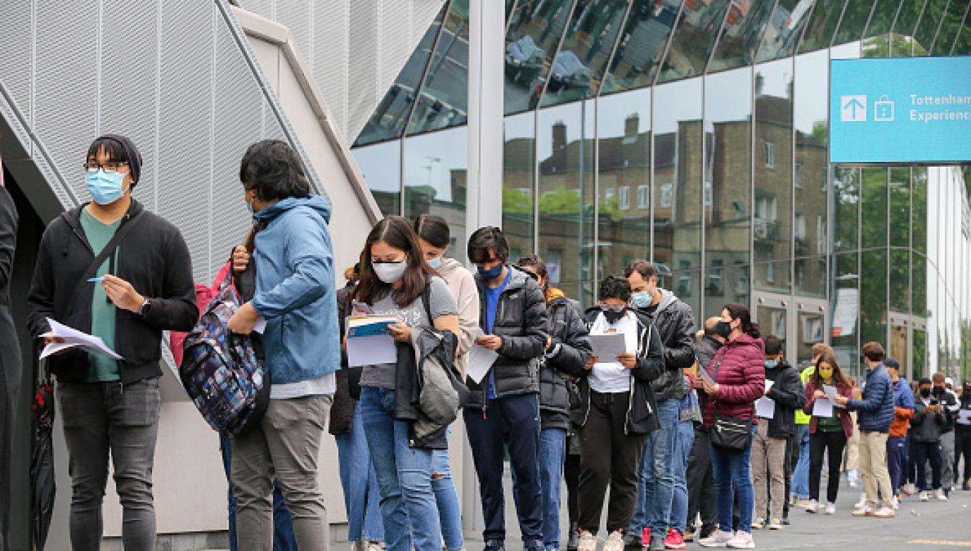 Od początku epidemii w Wielkiej Brytanii wykryto prawie 4,67 mln zakażeń (fot. Getty Images)
