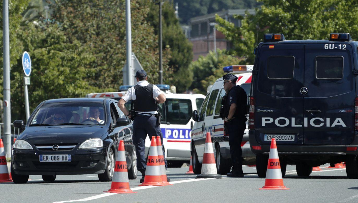 Nad bezpieczeństwem uczestników szczytu G7 w Biarritz czuwa ponad 13 tys. policjantów i żandarmów (fot. PAP/EPA/GUILLAUME HORCAJUELO)