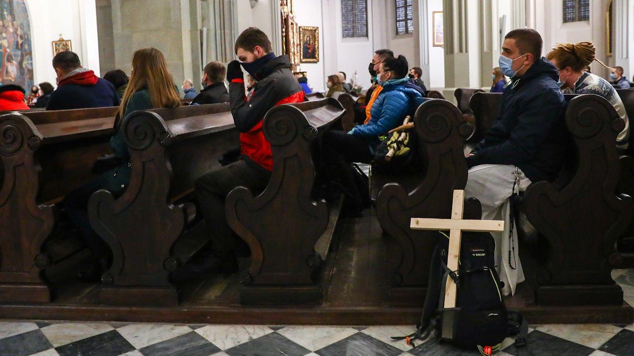 Badanie niedzielnych praktyk religijnych zaplanowano na 26 września (fot. B.Zawrzel/NurPhoto/Getty Images)