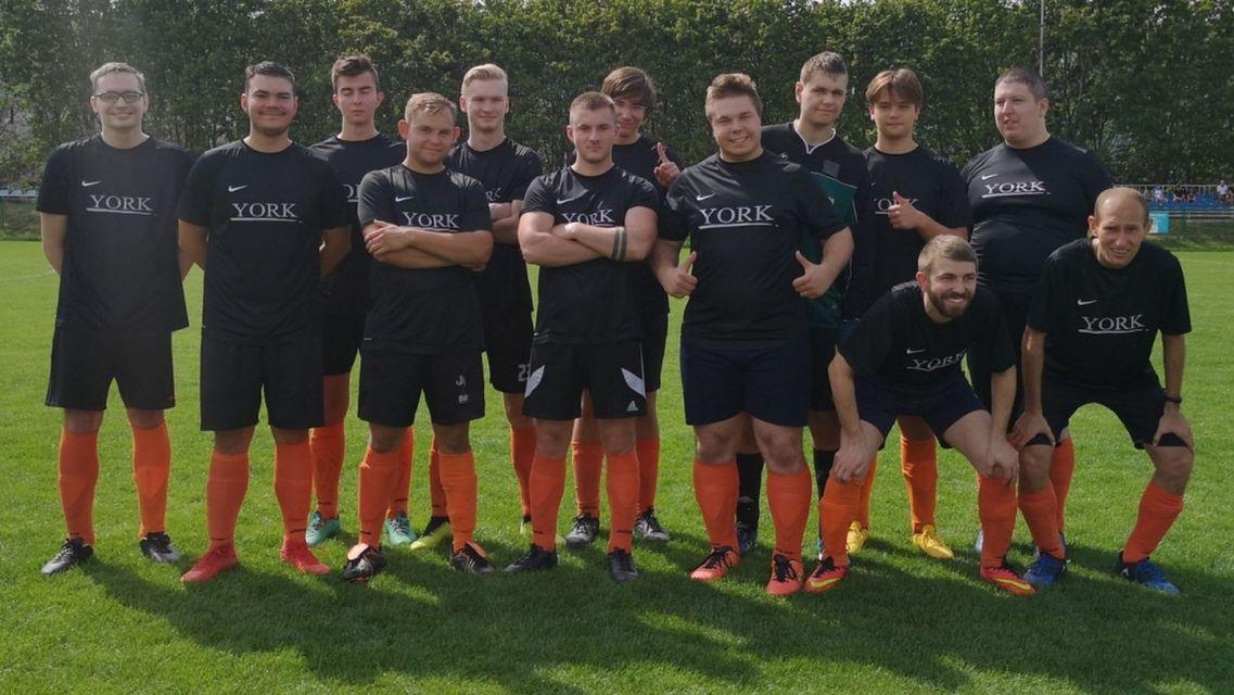 TPS II Winogrady pokonało Big Show FC Poznań 46:0 w meczu okręgowego Pucharu Polski (fot. Twitter)