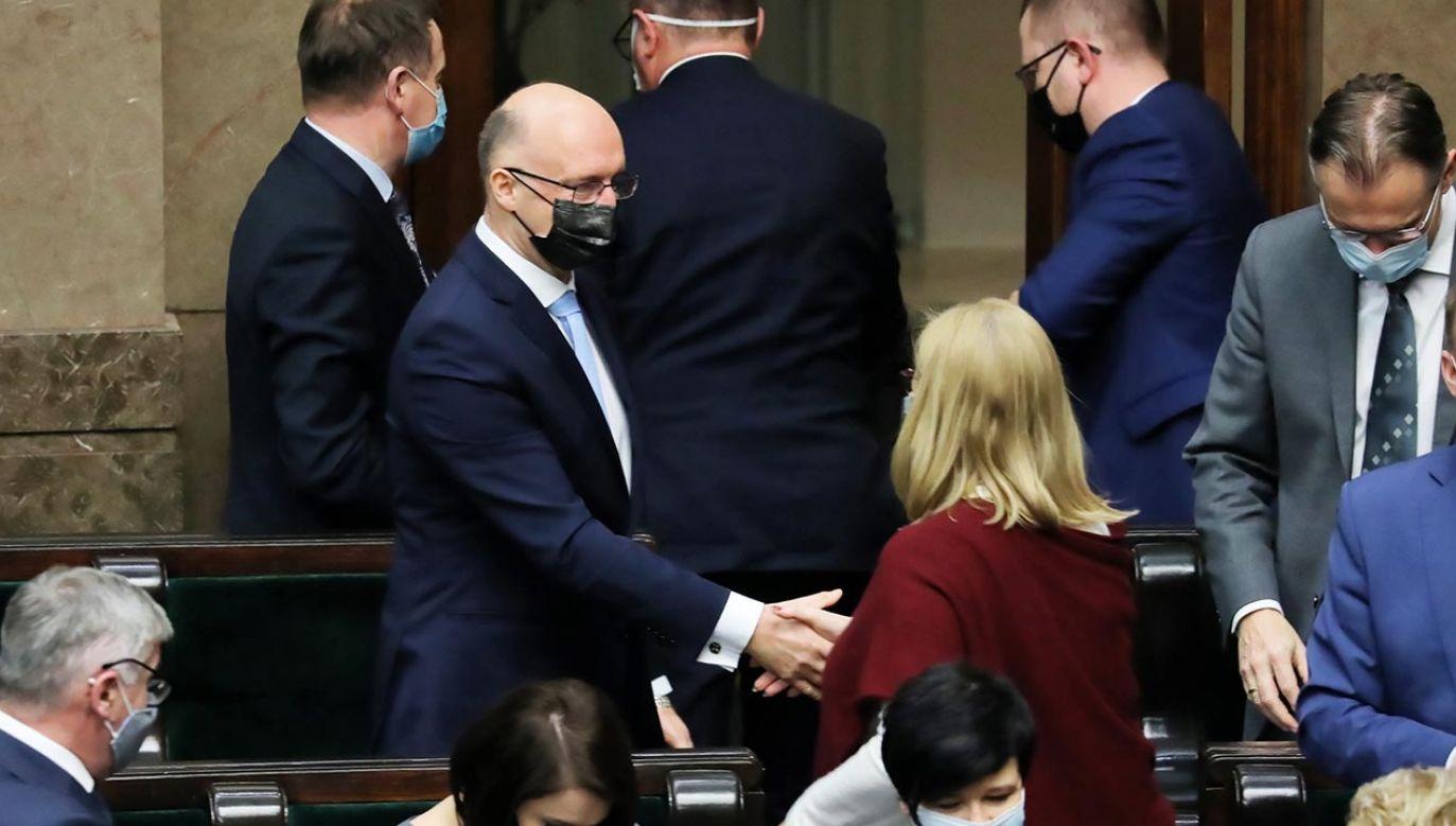 Posłowie głosowali nad trzema kandydaturami (fot. PAP/Tomasz Gzell)