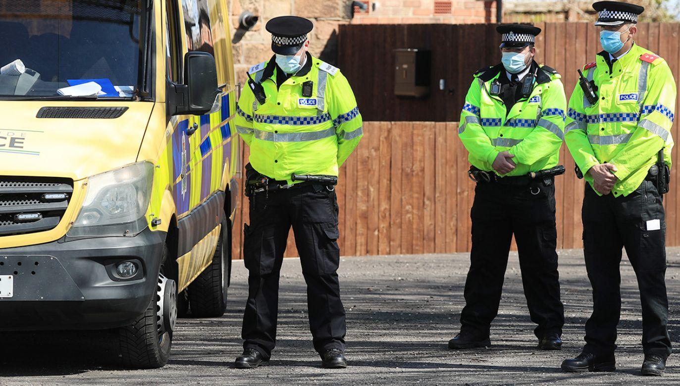 Komisarz podkreślił, że celem policji jest służenie wszystkim (fot. Danny Lawson/PA Images via Getty Images)