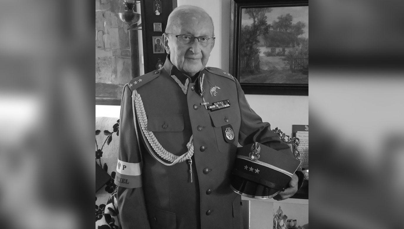 Weteran walk o niepodległą Polskę miał 89 lat (fot. Facebook/Sławomir Pocztarski)