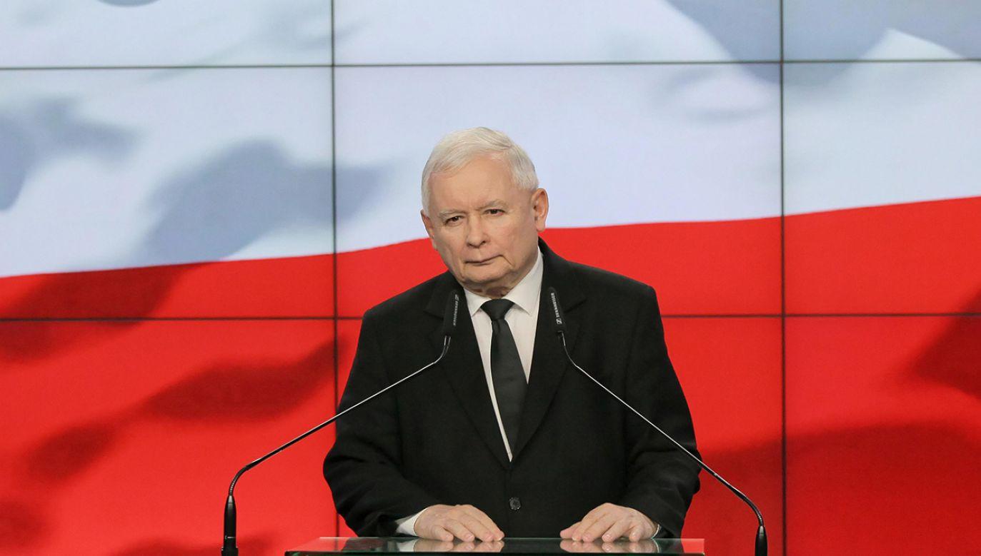 Prezes PiS zaznaczał, że rząd nie chce łamać konstytucji (fot. PAP/Mateusz Marek)