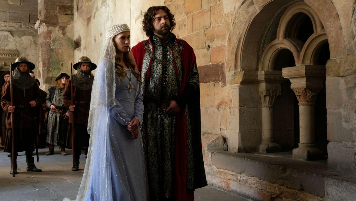 – Poznaj swojego przyszłego męża – mówi król, na widok Bogusława (fot. TVP)
