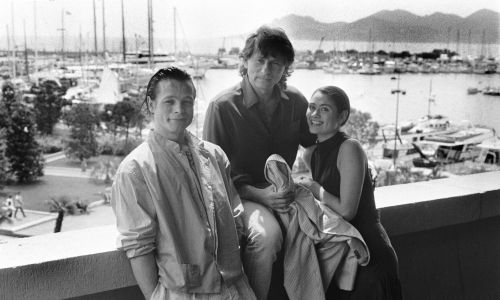 Roman Polański w 1986 roku na festiwalu w Cannesz aktorami Chrisem Campionem oraz Charlotte Lewis (16-latką, która po latach 14 maja 2010 roku oskarżyła reżysera o wykorzystywanie seksualne w trakcie przygotowań do produkcji filmu
