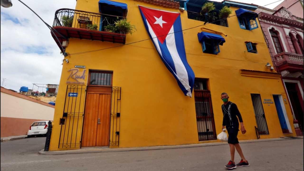 Kuba ma wspierać między innymi reżim w Wenezueli (fot. PAP/EPA/Ernesto Mastrascusa)