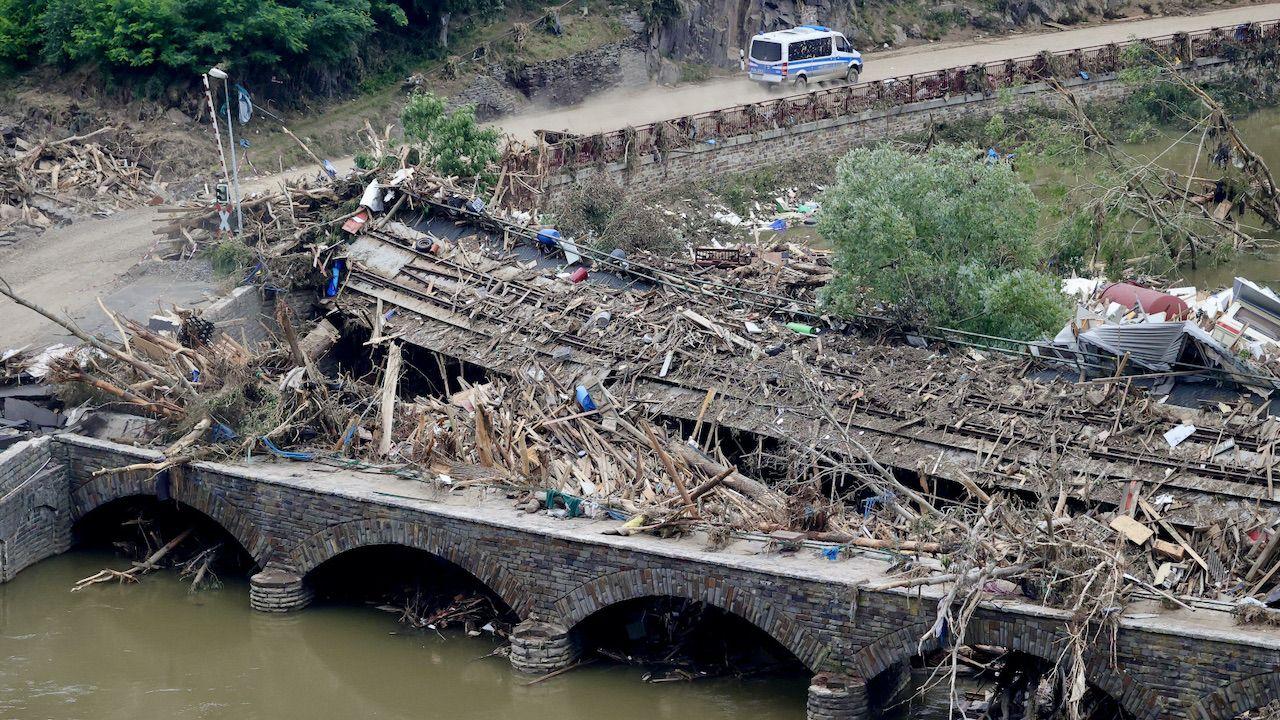 Powódź zabiła prawie 200 osób (fot. PAP/EPA/Friedemann Vogel)